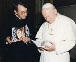 Very Rev. Fr. Alphonsus Maria Duran, MJ with Pope John Paul II